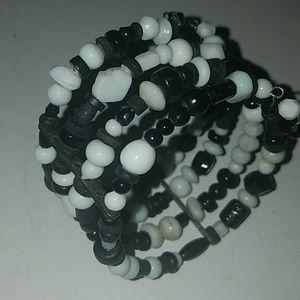 Jewelry - Black and white vintage bracelet PM#19